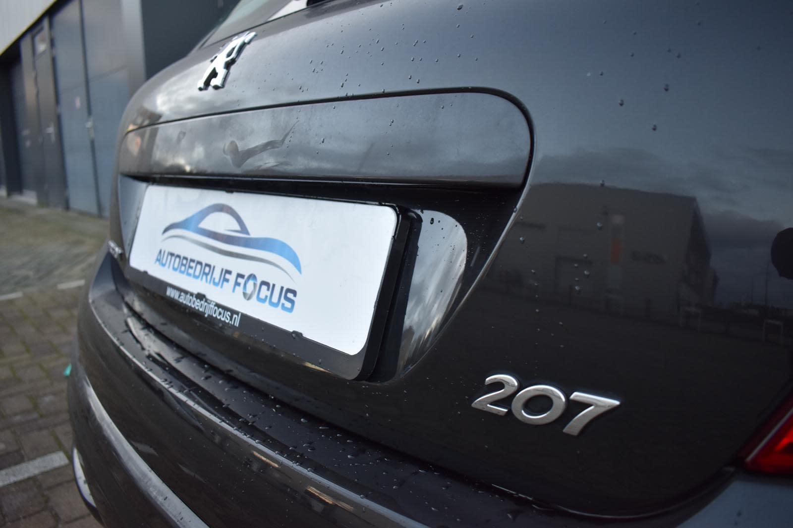 Peugeot 207 Blue Lease Executive 1.6 HDi 92pk NAVI/PDC/CLIMA