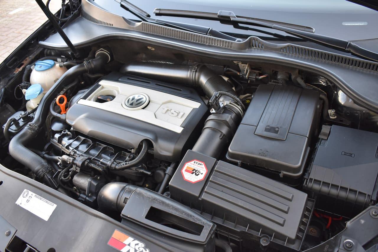 Volkswagen Golf 2.0 TSI GTI NAVI/PDC/AUT/PANO