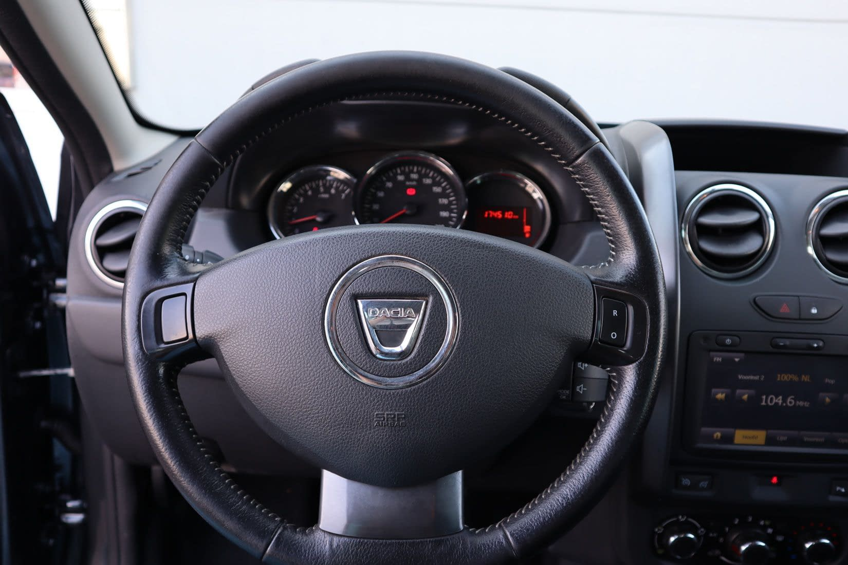 Dacia DUSTER 1.2 TCe PDC|NAV|CRUISE